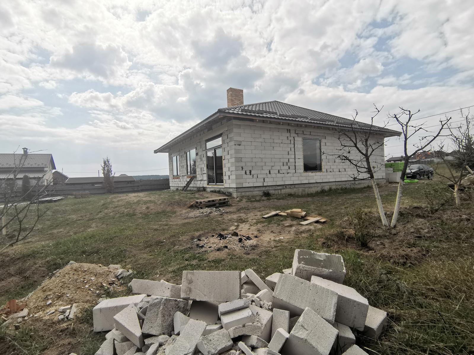 Строительство и продажа домов под Киевом. Коттеджный городок Михайловский Хутор