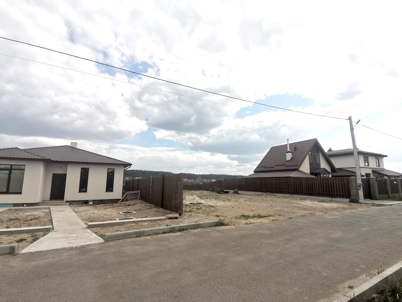 Продажа домов под Киевом. Коттеджный городок Михайловский Хутор