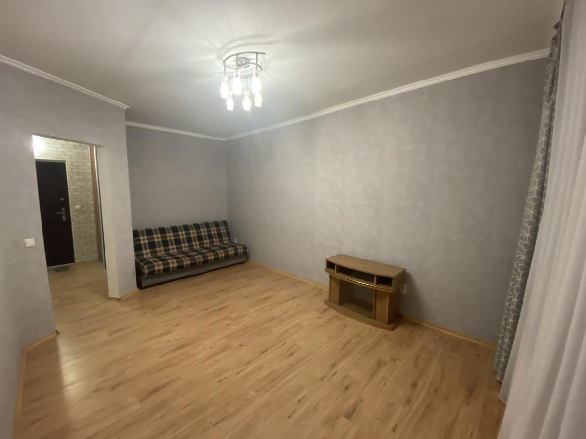 Продажа 1 однокомнатная квартира с ремонтом мебелью техникой улица Степановская Ирпень. Агентство недвижимости