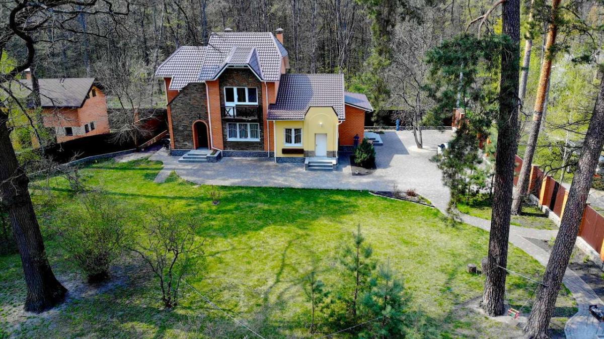 Продажа отличный дом в красивом месте в Ворзеле. Агентство недвижимости