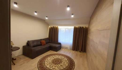 Продажа 3 трехкомнатная квартира с ремонтом мебелью техникой террасой с видом на лес улица Белокур Ирпень. Агентство недвижимости