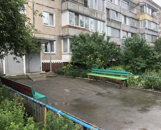 Продажа трехкомнатная квартира в хорошем состоянии в селе Софиевская Борщаговка. Агентство недвижимости