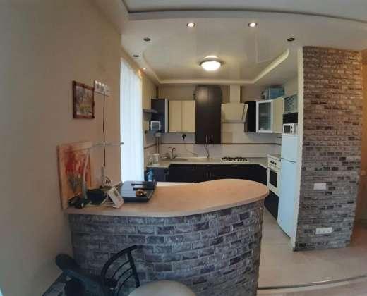 Продажа 1 однокомнатная квартира с ремонтом в дома возле сквера Матери Ирпень. Агентство недвижимости