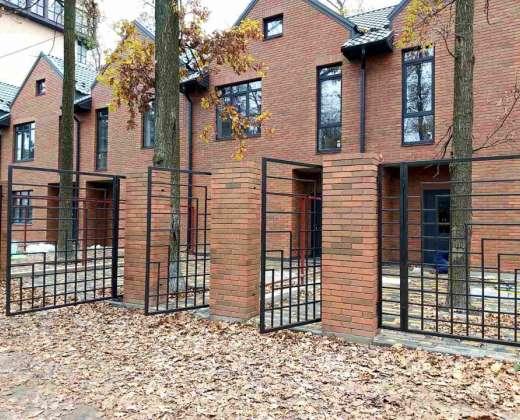 Купить Таунхаус Brighton Park Ирпень. Продажа домов в таунхаусах