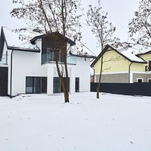 Продажа двухэтажный загородный дом в поселке Гореничи. Агентство недвижимости