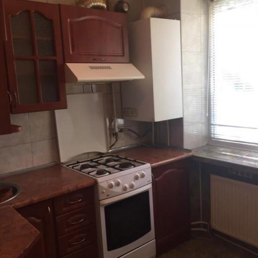 Продажа 2 двухкомнатная квартира с хорошим ремонтом в городе Буча. Агентство недвижимости