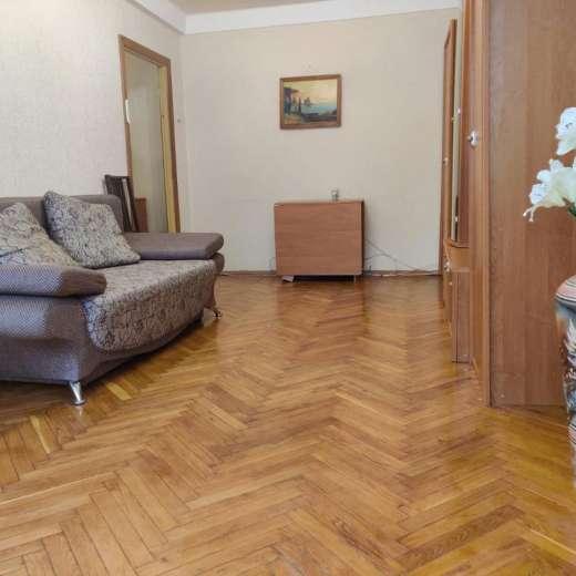 Продажа 2 двухкомнатная квартира с мебелью и техникой улица Новое Шоссе центр Буча. Агентство недвижимости
