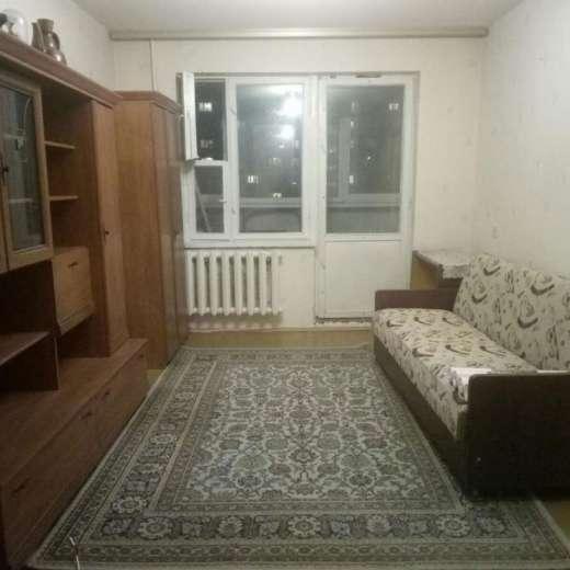 Продажа 2 двухкомнатная квартира улица Булгакова Борщаговка Киев. Агентство недвижимости
