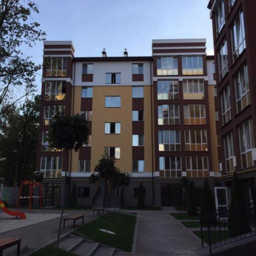 Продажа 2 двухкомнатная квартира в заселенном доме ЖК Уютный улица Новооскольская Ирпень. Агентство недвижимости