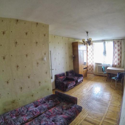 Продажа однокомнатная квартира на Никольской Борщаговке возле парка Потапова в Киеве. Агентство недвижимости