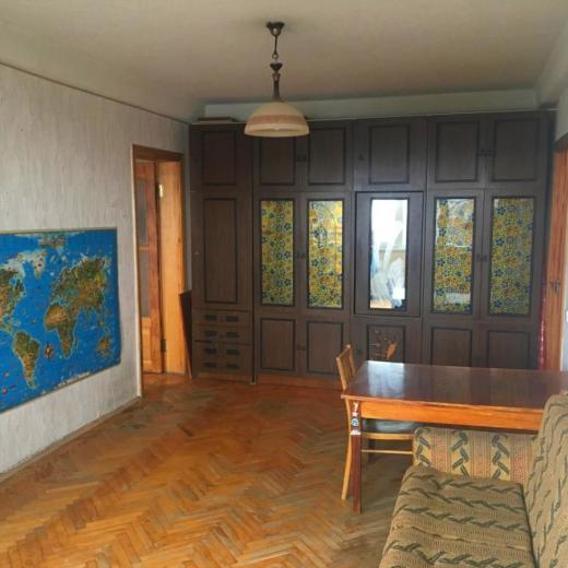 Продажа 3 трехкомнатная квартира на Нивках по улице Марка Безручка в Киеве. Агентство недвижимости