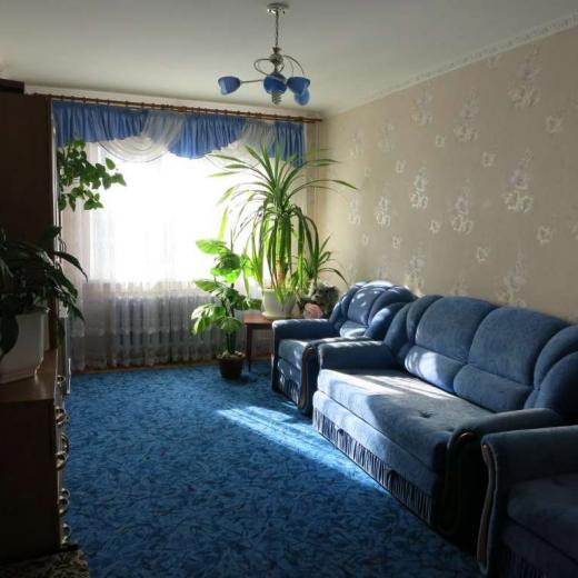 Продажа трехкомнатная раздельная видовая квартира на Теремках в Киеве. Агентство недвижимости