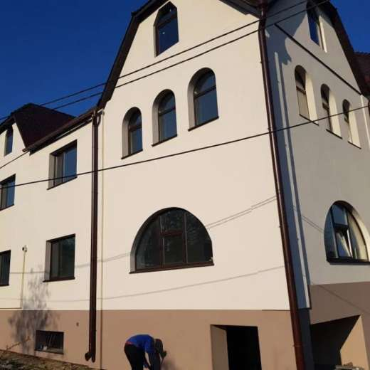 Продажа большой двухэтажный дом дуплекс улица Киевская в центре Ирпеня. Агентство недвижимости