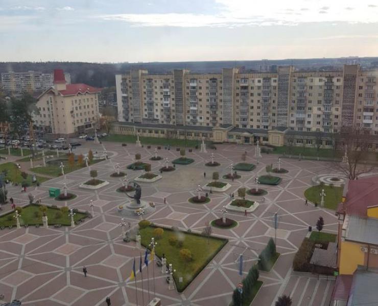 Продажа большая 2 двухкомнатная квартира в центре улица Шевченко Ирпень. Агентство недвижимости