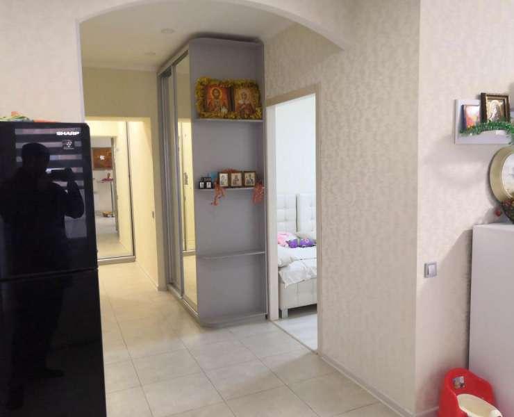 Продажа 2 двухкомнатная квартира с кухней студией и качественным ремонтом улица Лермонтова ЖК Суворов Ирпень. Агентство недвижимости
