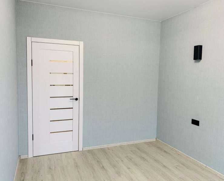 Продажа 2 двухкомнатная квартира с просторной кухней-гостиной и ремонтом ЖК Green Side улица Университетская Ирпень. Агентство недвижимости