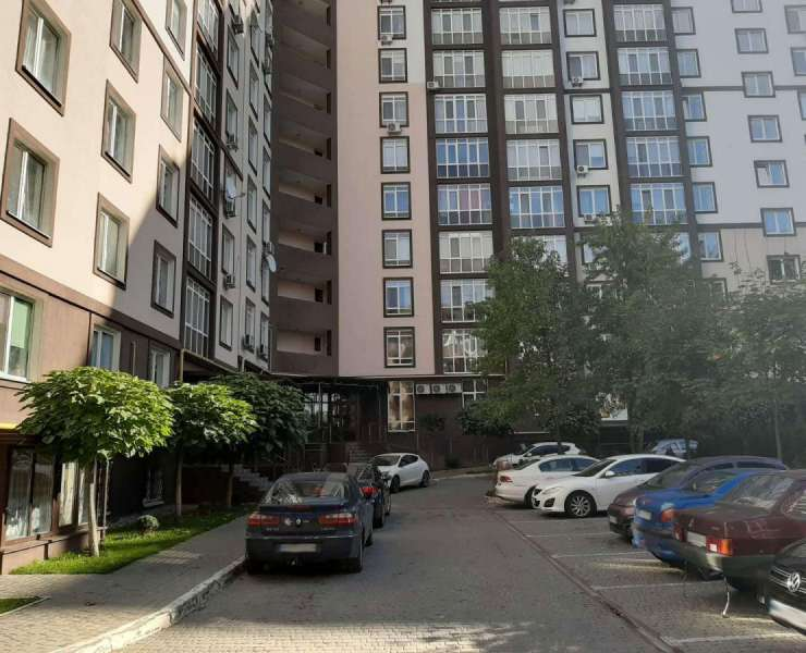 Продажа просторная 1 однокомнатная квартира ЖК Парковий улица Севериновская Ирпень. Агентство недвижимости