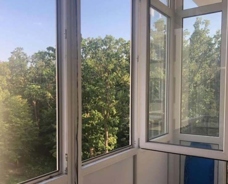 Продажа шикарная видовая 1 однокомнатная квартира на Бучанский парк улица Лесная Буча. Агентство недвижимости
