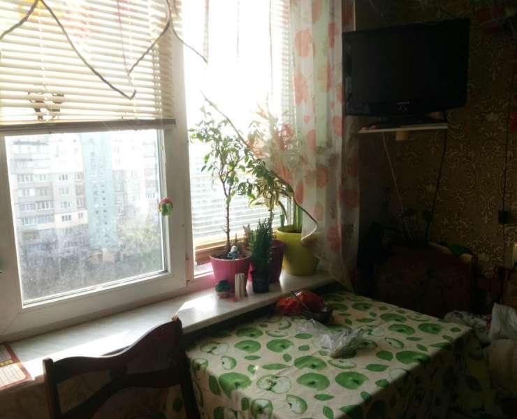 Продажа 3 трехкомнатная квартира на Борщаговке улица Кольцевая дорога Киев. Агентство недвижимости