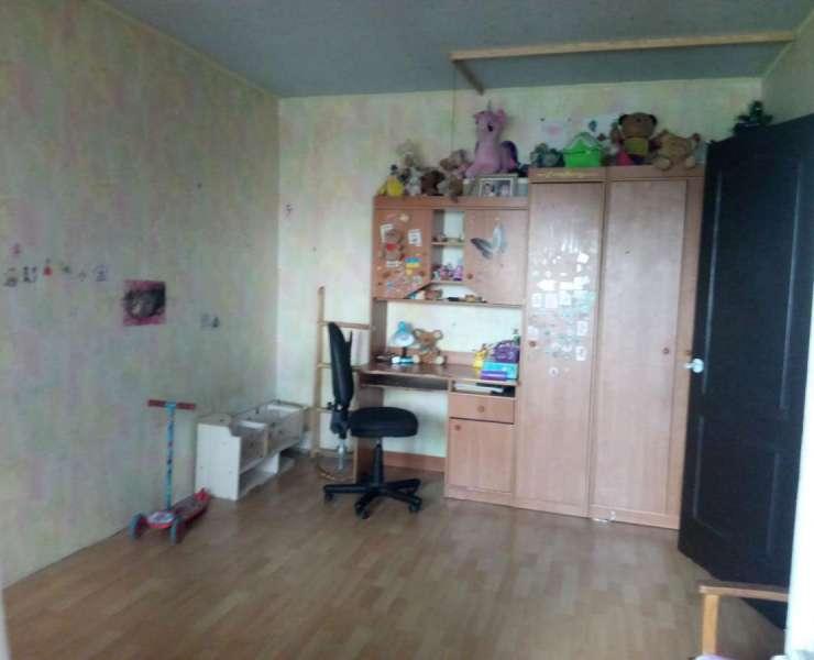 Продажа 3 трехкомнатная квартира Северо-Броварский массив улица Миропольская Киев. Агентство недвижимости