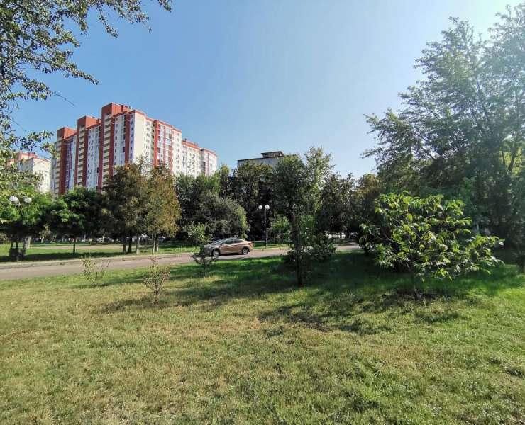Продажа 3 трехкомнатная квартира в парке Орлятко улица Николая Василенко Киев. Агентство недвижимости