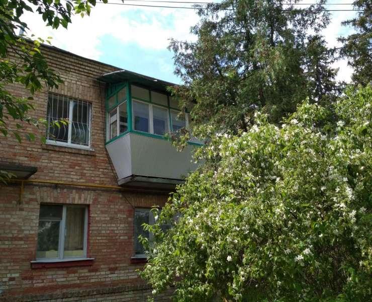 Продажа 3 трехкомнатная квартира в тихом зеленом районе улица Озерная Ирпень. Агентство недвижимости