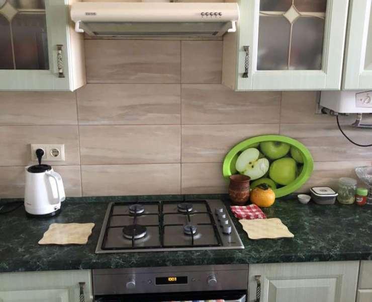 Продажа видовая 2 двухкомнатная квартира с ремонтом и большой кухней улица Гайдара Ирпень. Агентство недвижимости