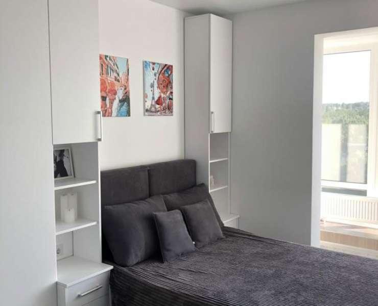 Продажа 1 однокомнатная видовая квартира с ремонтом ЖК Лемонграсс улица Тургеневская центр Ирпеня. Агентство недвижимости